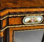 Credenza Ancienne Victorienne En Noyer Sur Plaques De Sevres-7