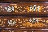 Antico mobile olandese in noce intarsiato sul petto c.1780-8