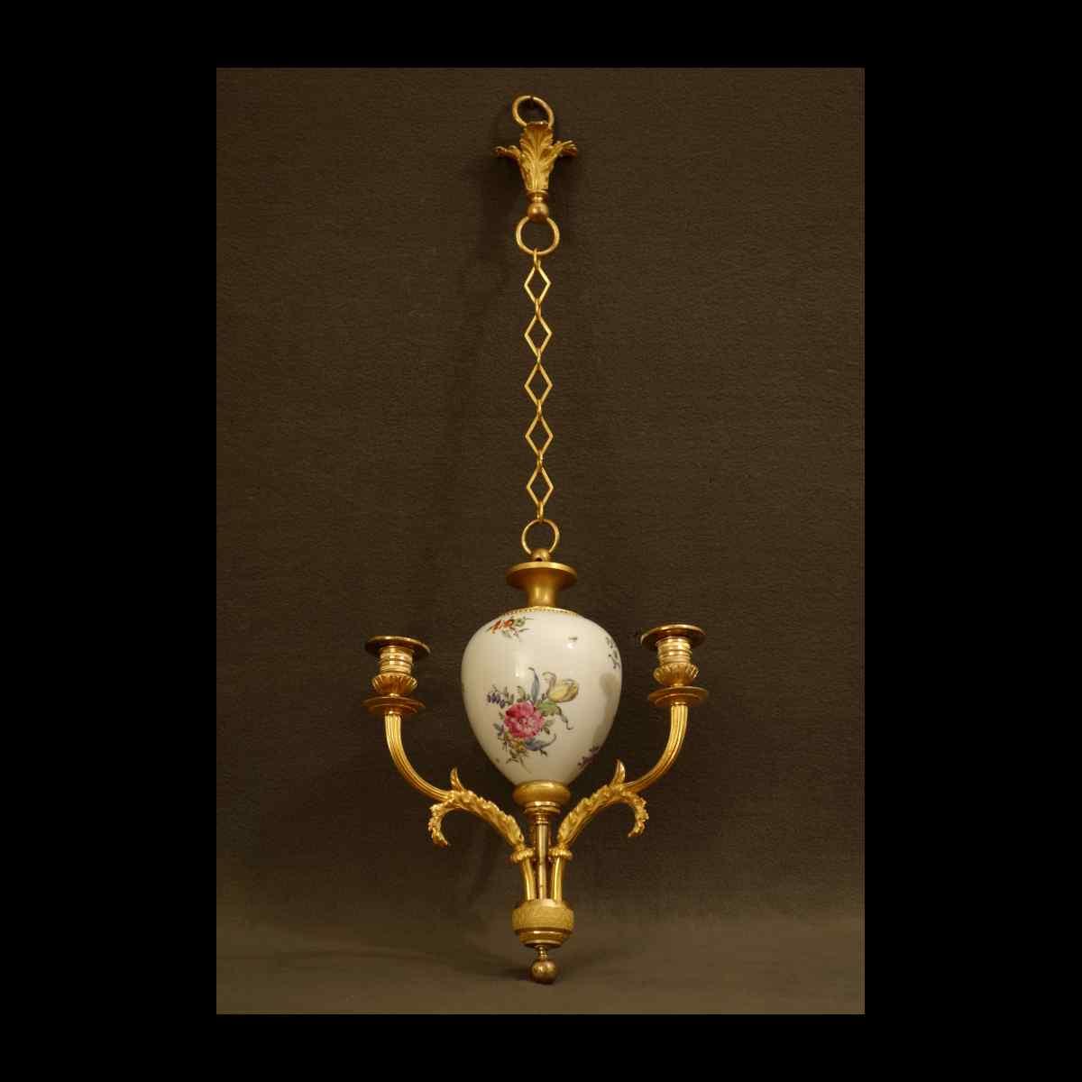 Piccolo lampadario in porcellana Epoque Directoire