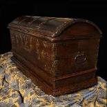 Antique 16th century Dutch treasure chest-5