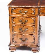 Scrivania con piedistallo Antique Partners George III Reviva-3