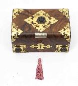 Scatola da cucito antica in stile vittoriano Revival C1860-0