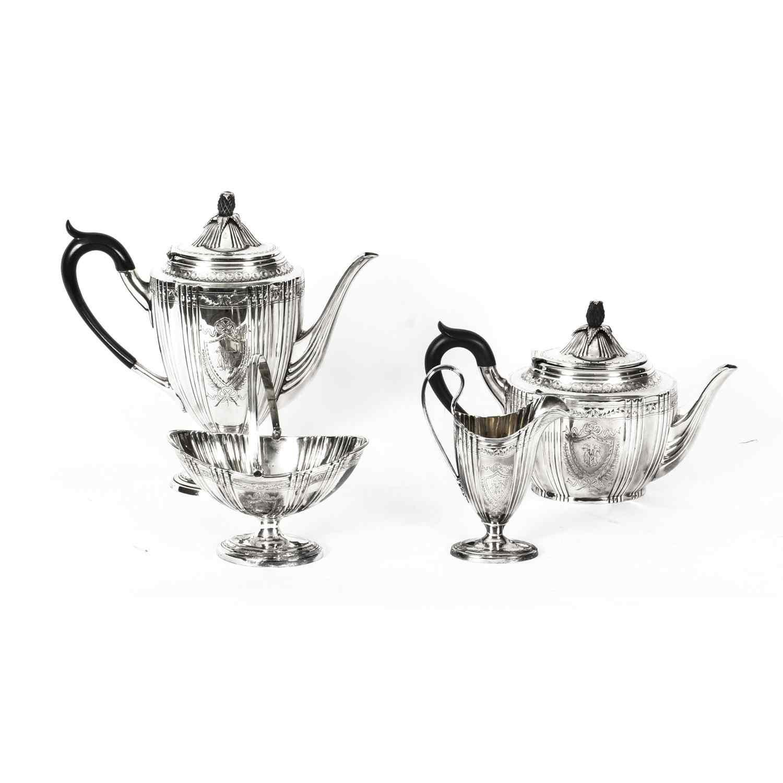 Set da tè con cassa placcato argento antico Walker & Hall XI