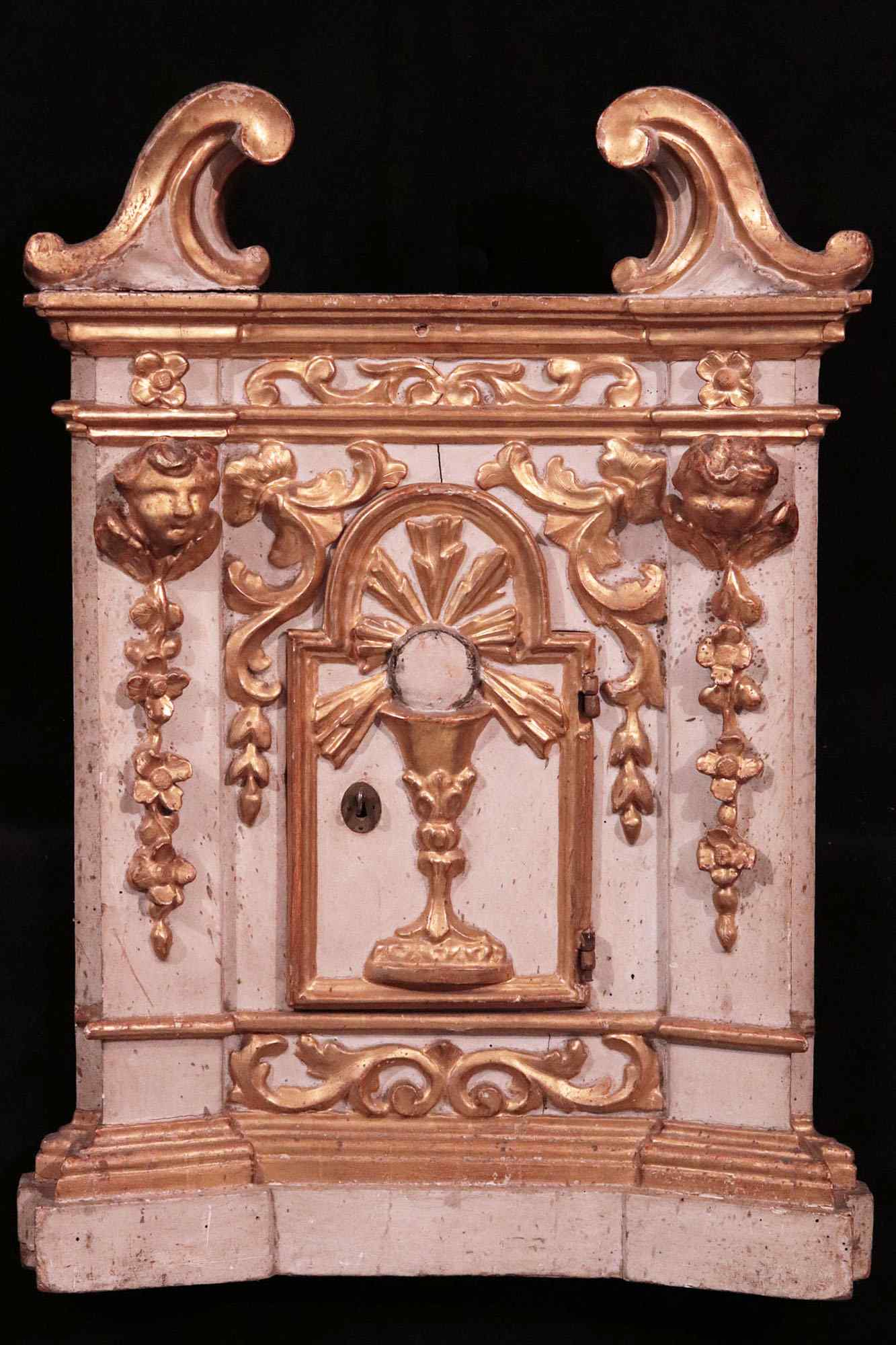 Lacquered and gilded tabernacle, Tuscany, Louis XIV