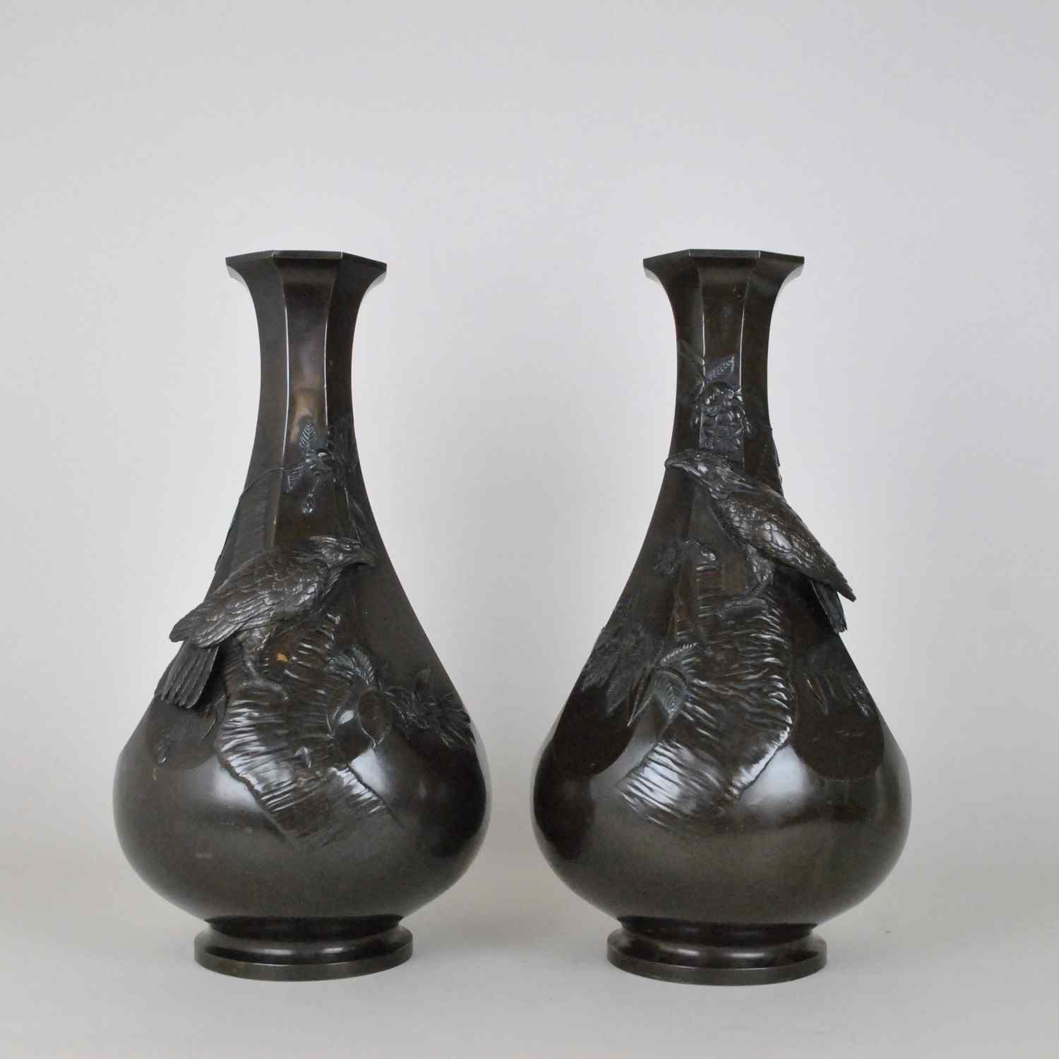 Pair of bronze vases with eagles, Meiji, Japan