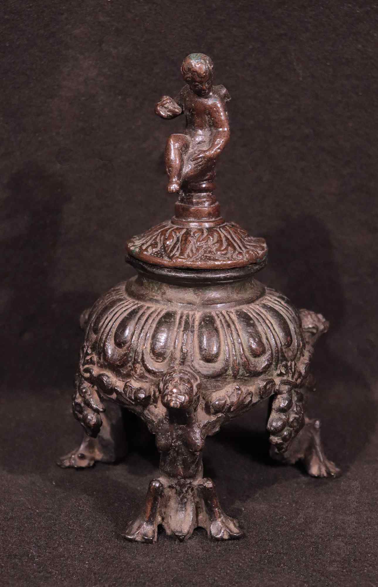 Bronze inkwell with putti, Veneto, 16th century