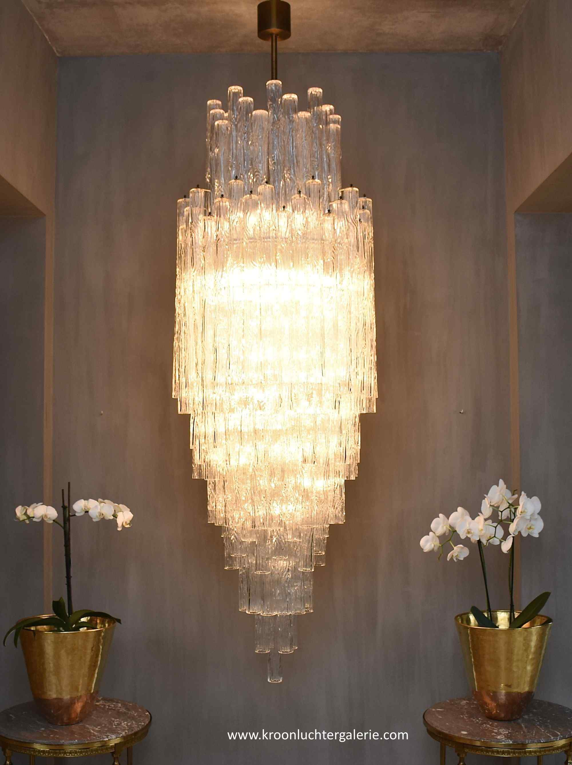 Large mid-century Murano chandelier  'Waterfall' by Venini