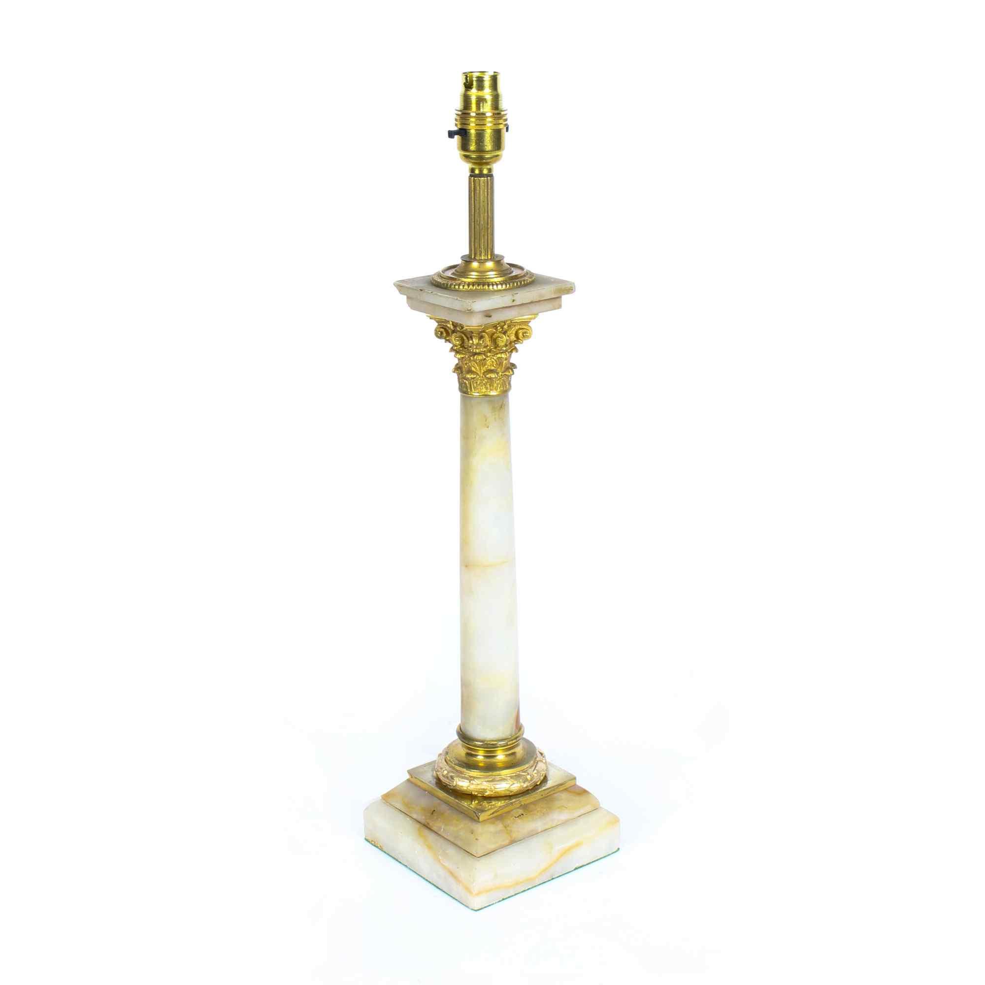 Lampada da tavolo antica vittoriana Ormolu onice colonna cor
