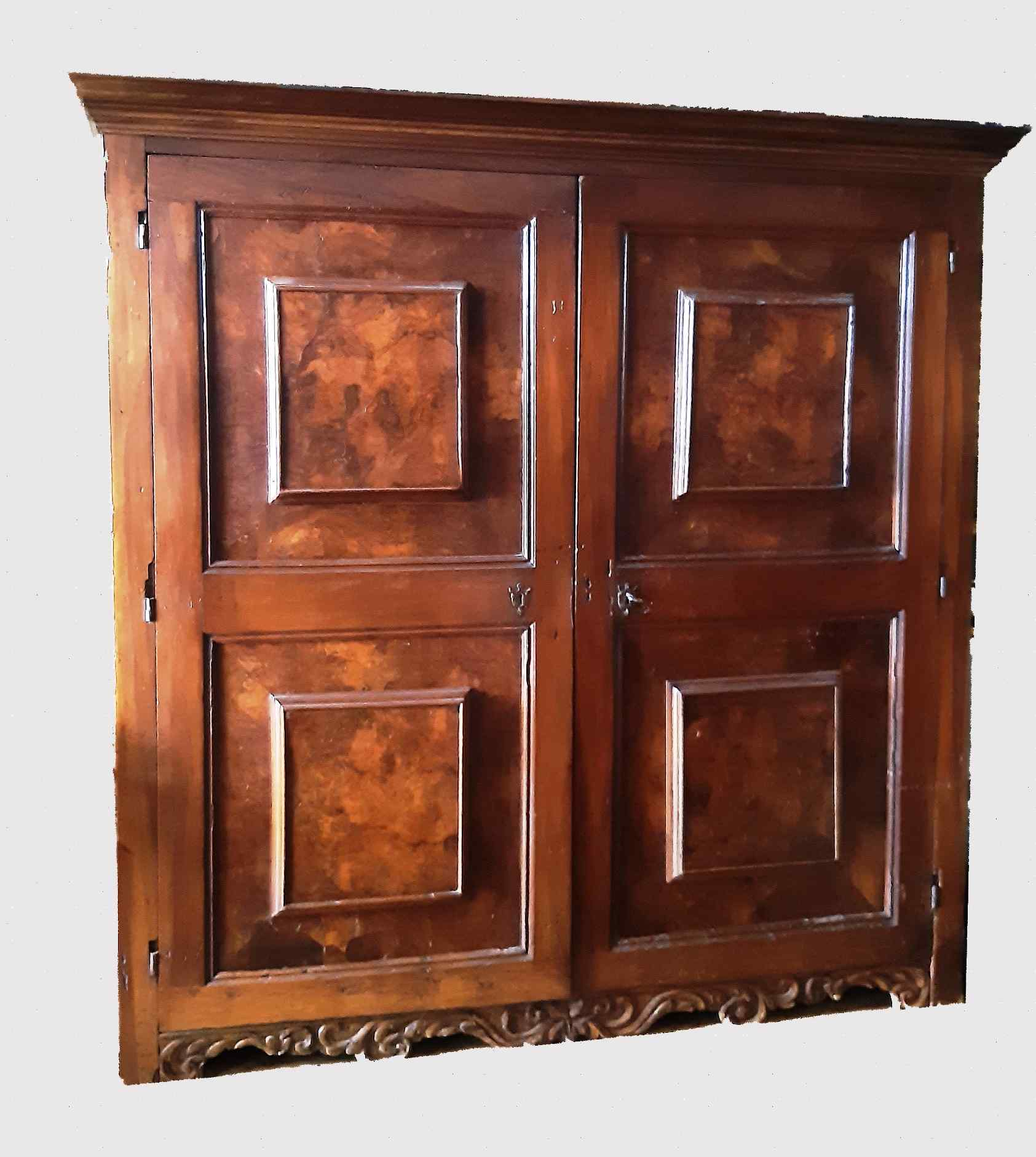 Antique Renaissance furniture in walnut and briar walnut