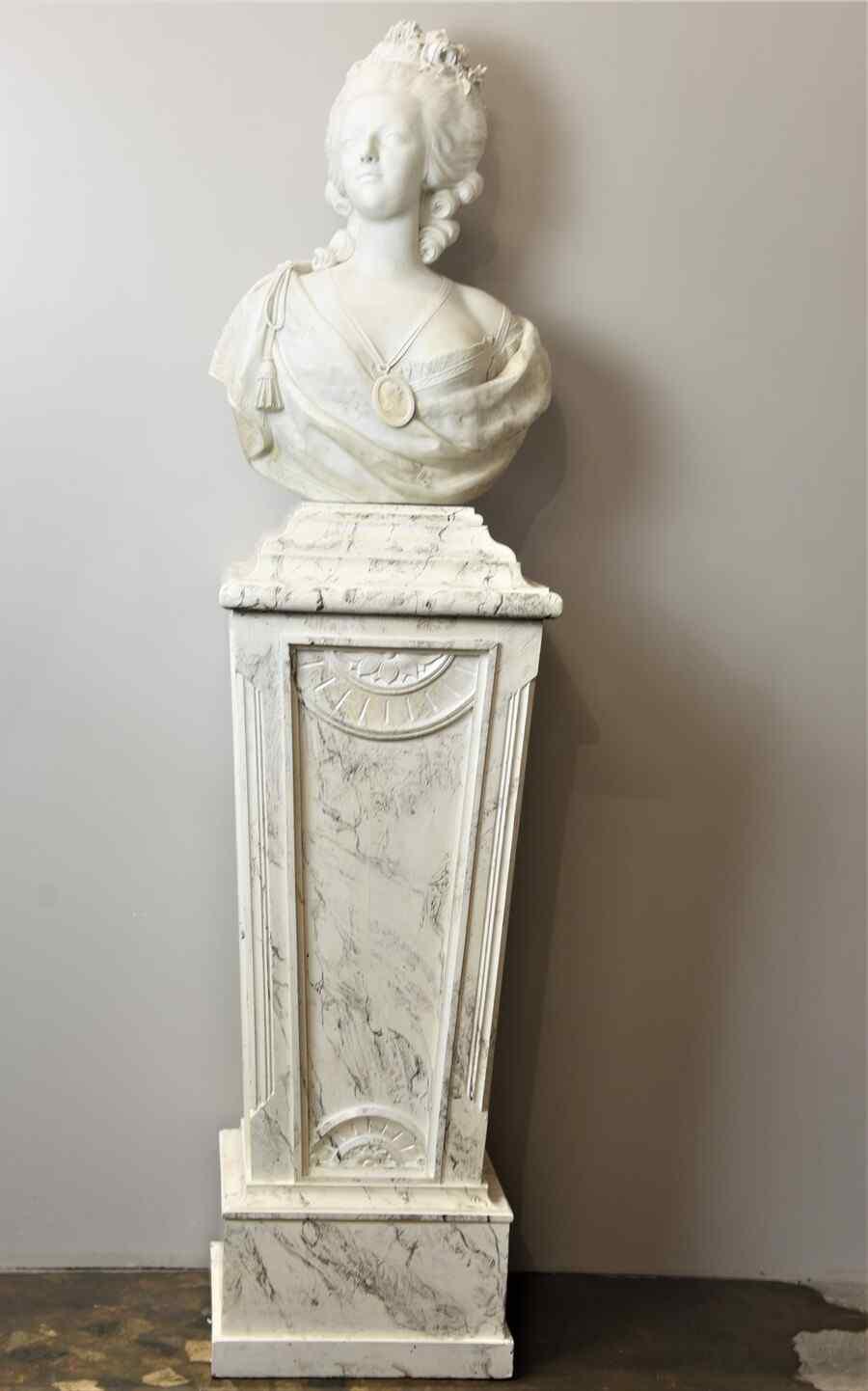 Buste Ancien de Marie Antoinette en BISCUIT