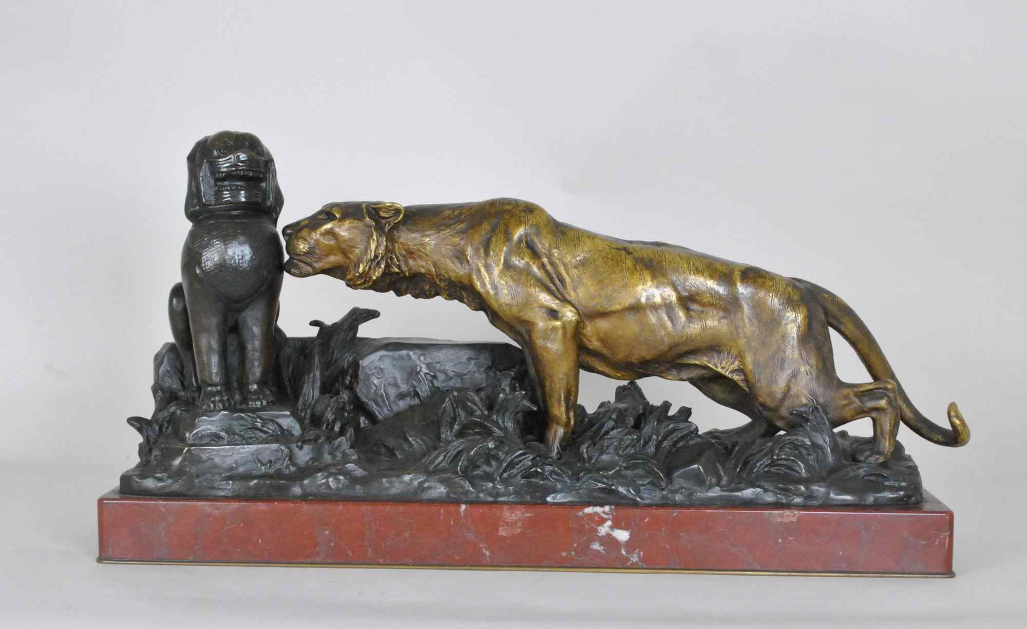 G Gardet / Barbedienne, pantera tra le rovine, bronzo