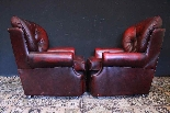Coppia poltrone Chesterfield bergere in pelle bordeaux-8