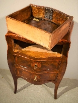 Small Louis XV chest of drawers moved and inlaid, 1750 c.-9