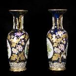 Paire de vases en porcelaine, XIXe-3