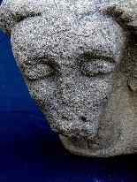 Roman Art Rare carved stone Anthropomorph Xè-2