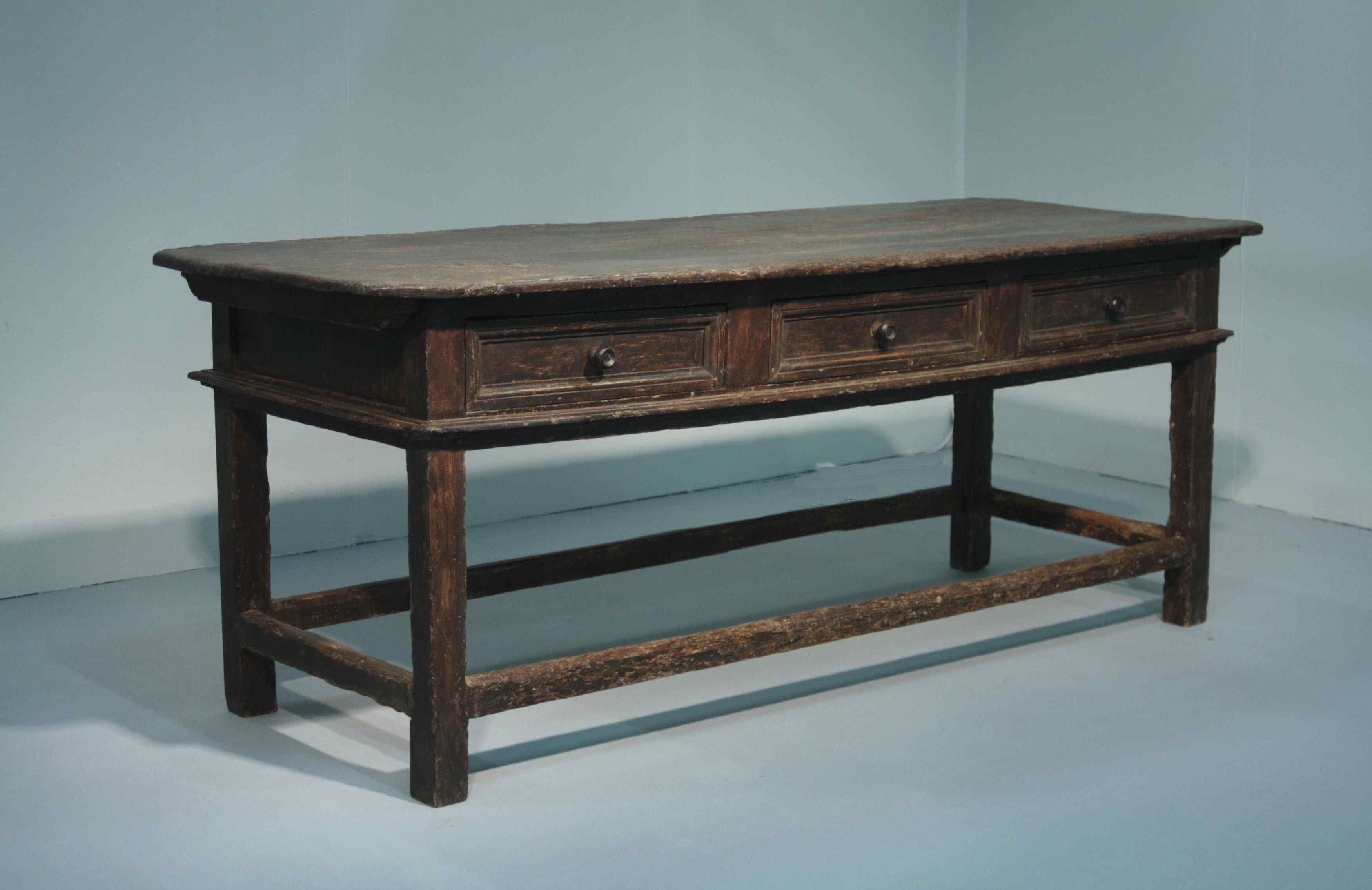 Tuscan table, Sec. XVI