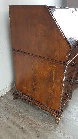 dresser with antique flap, first half of the eighteenth cent-10