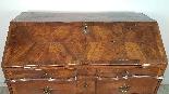 poitrine antique avec la première moitié rabat de 1700 Sec. -8