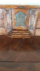 poitrine antique avec la première moitié rabat de 1700 Sec. -9
