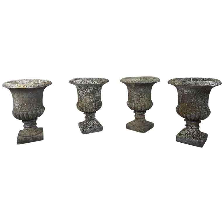 20th Century Italian Neoclassical Garden Pots Set